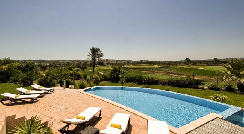 Amendoeira Pool Villa 4 SZ - 01
