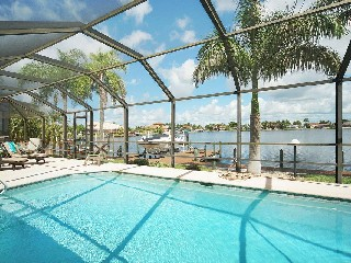 Florida Cape Coral Lake View Golf Villa 3 SZ