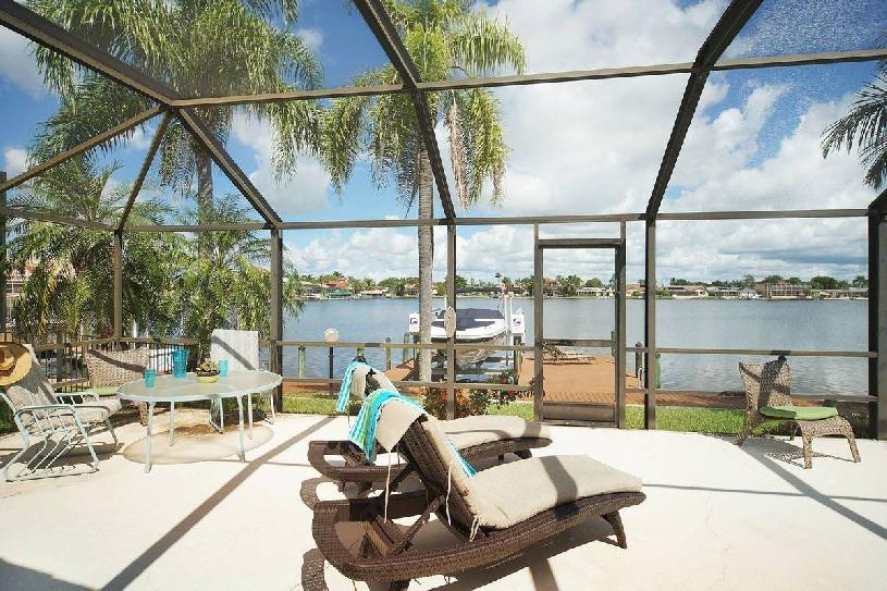 Florida Cape Coral Lake View Golf Villa 3 SZ - 09