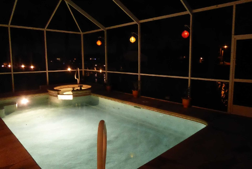 Florida Cape Coral Luxury Canal Villa - 14
