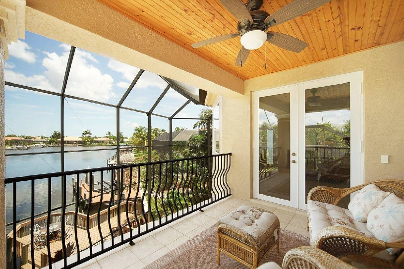 Florida Cape Coral Luxury Golf Villa - 06