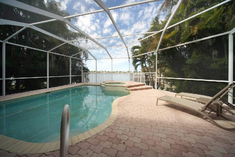 Florida Cape Coral Thunder Lake Golf Villa - 02