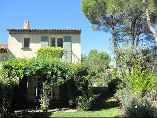 Frankreich, Provence, Townhouse in beliebten Golfresort