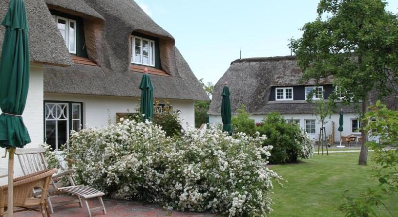 Insel Föhr Rackmers Hof Private Garden Suite - 06