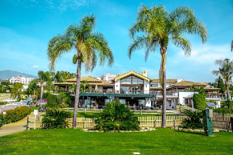 Spanien, Costa del Sol, Luxusapartments am Golfplatz - 09