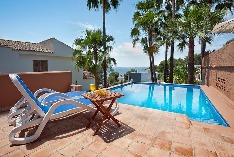 mallorca alcanada golf villa in mallorca spanien. Black Bedroom Furniture Sets. Home Design Ideas
