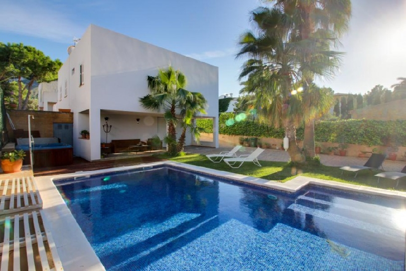 Mallorca Alcudia Montferrutx Poolvilla 4 SZ - 02