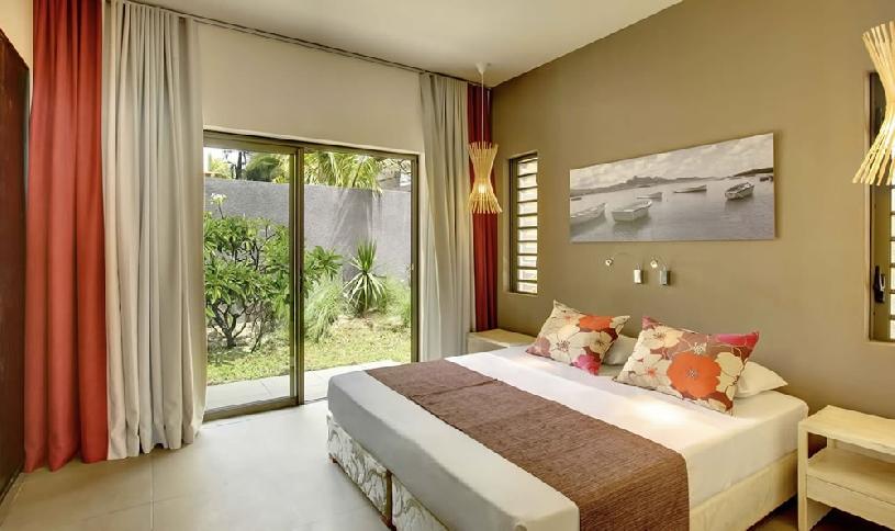 Mauritius Ile aux Cerf Golf Beachfront Pool Villa 3SZ  - 06