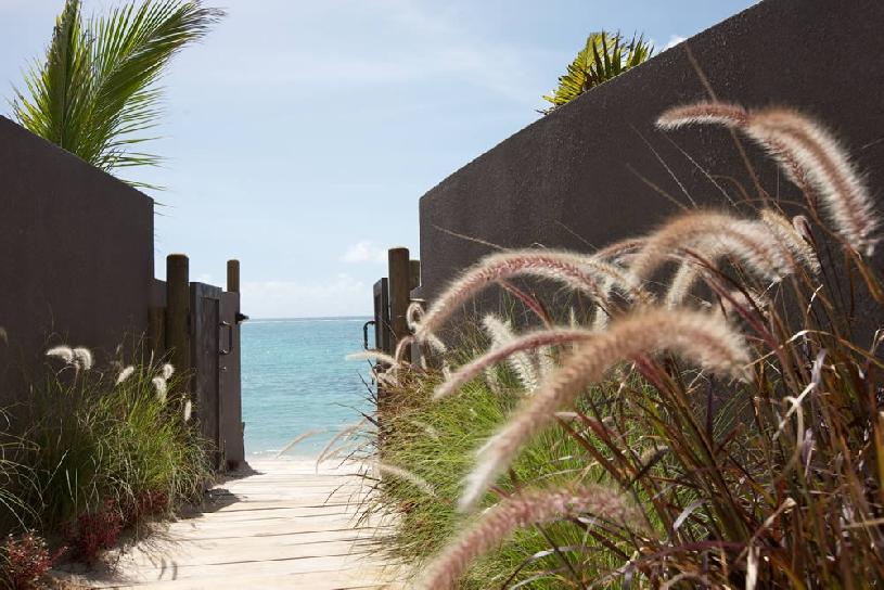 Mauritius Ile aux Cerf Golf Beachfront Pool Villa 3SZ  - 10