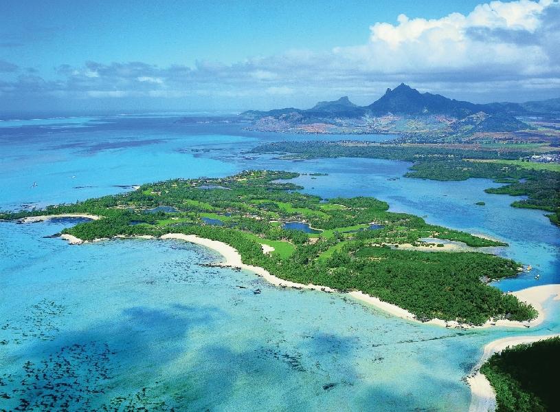 Mauritius Ile aux Cerf Golf Beachfront Pool Villa 3SZ  - 11