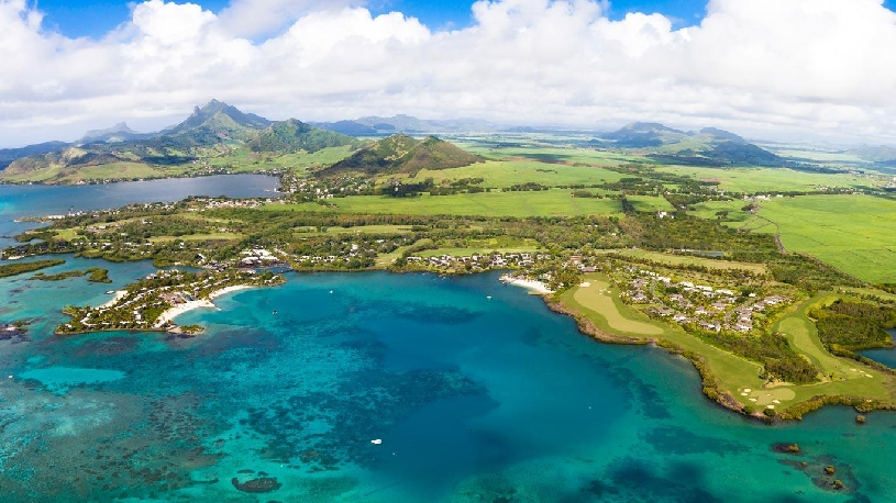 Mauritius Ile aux Cerf Golf Beachfront Pool Villa 3SZ  - 12