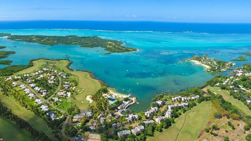 Mauritius Ile aux Cerf Golf Beachfront Pool Villa 3SZ  - 13