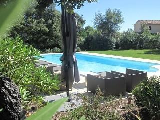 Bild Provence Villa St Endreol mit Pool am Golfplatz