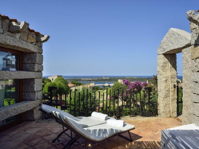 Sardinien Costa Smeralda Pevero Penthouse - 01