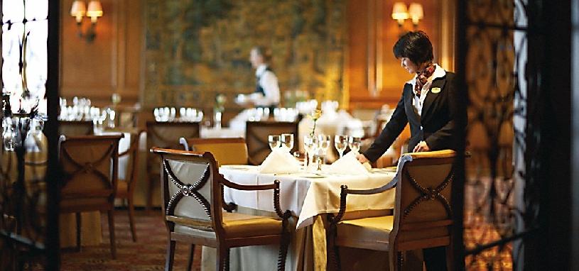 Hotel Paris Bodentiefe Fenster
