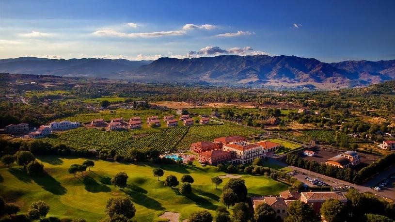 Sizilien Picciolo Etna Golf & Spa Resort Suite - 02