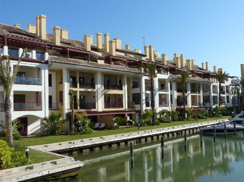 Sotogrande Marina Club Apartment - 08