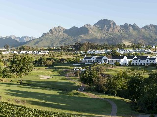Stellenbosch: Winelands Golf Lodge am De Zalze Course 1 SZ