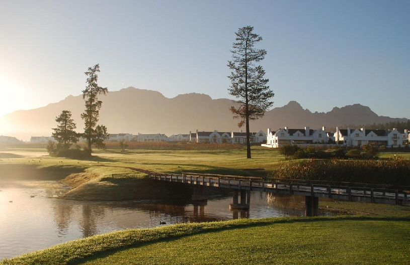 Stellenbosch: Luxus Golf Lodge am De Zalze Course 1 SZ - 10