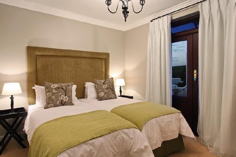 Südafrika De Zalze Golf Luxury Lodge 2 SZ - 01