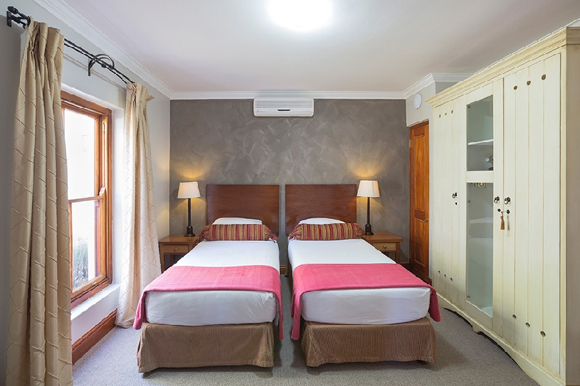 Südafrika Stellenbosch DeZalze Luxury Family Suite - 10