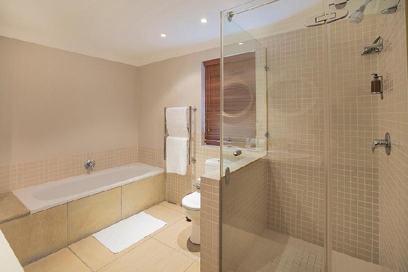 Südafrika Stellenbosch DeZalze Luxury Family Suite - 11