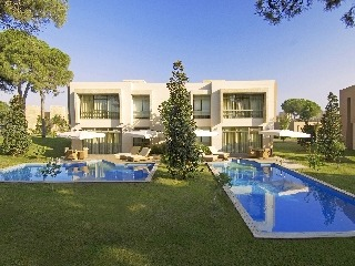 Gloria Serenity Deluxe Villa